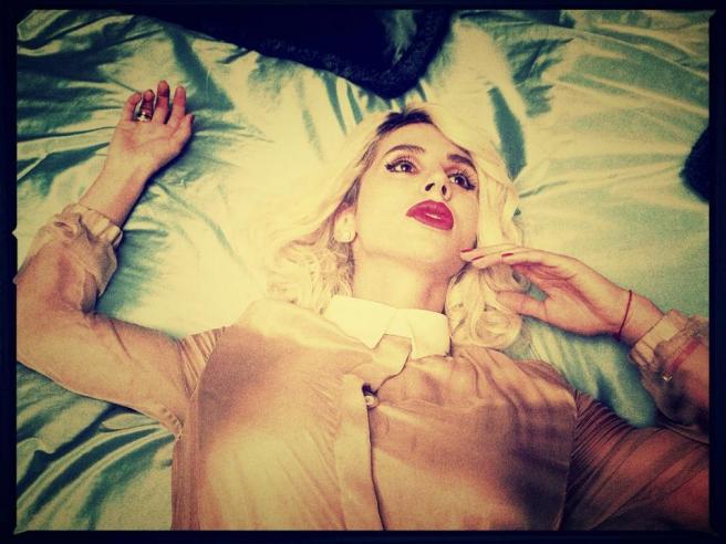 Наталья Лобода поразила постельным снимком (фото)