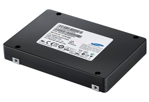 «Самсунг» NVMe SSD XS1715: твердотельные накопители