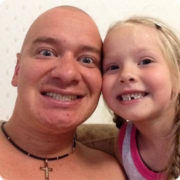 Е. Становой продемонстрировал собственную пятилетнюю дочь (фото)