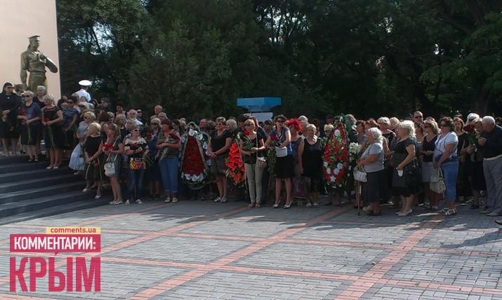 Сегодня Феодосия прощается с мэром (ФОТО)
