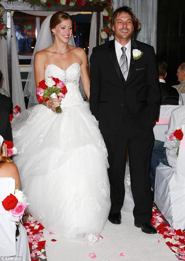 Экс-супруг Бритни Спирс значительно сбросил лишний вес к свадьбе (фото)