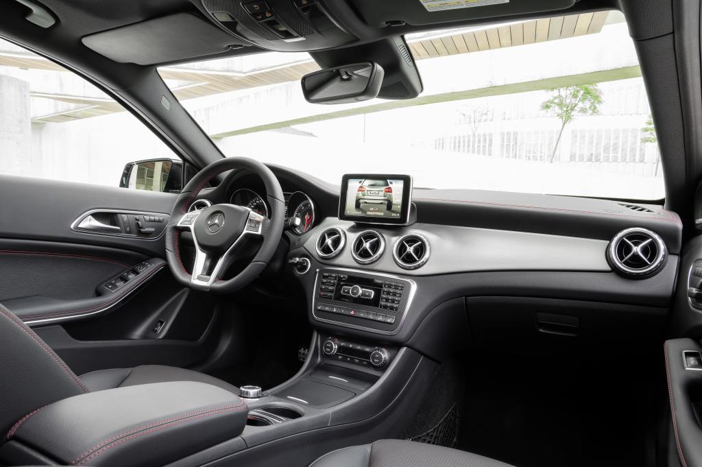 Mercedes-Benz GLA показан официально