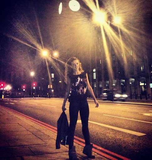 Седокова сделала любовную прогулку по Лондону (ФОТО)