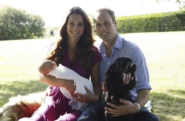 В Великобритании продемонстрировали первые формальные фото короля Джорджа