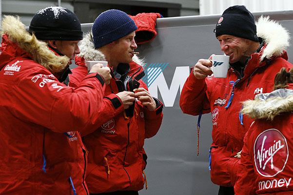 Король Гарри готовится к поездке на Южный полюс (ФОТО)