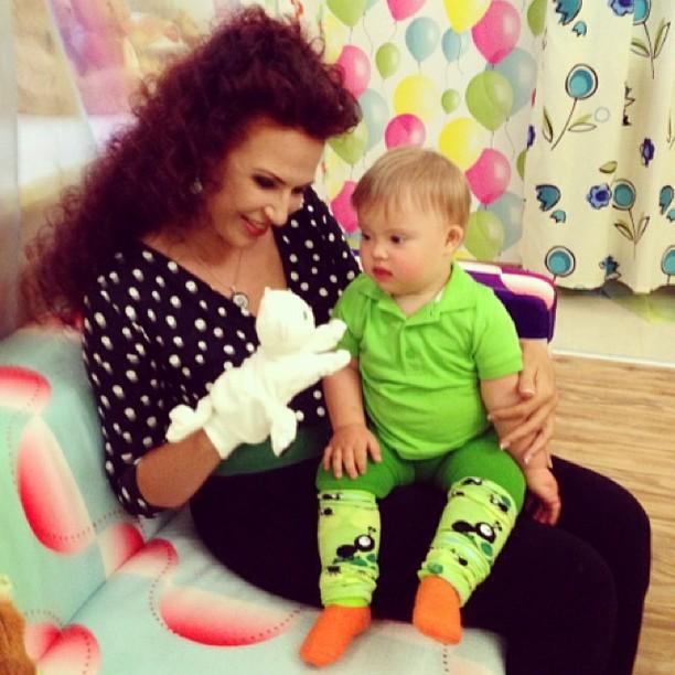Эвелина Бледанс продемонстрировала подросшего сына Зерна (ФОТО)