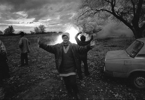 """""""Несись отсюда, пока можешь"""", - фотоистория о жестком Донбассе"""