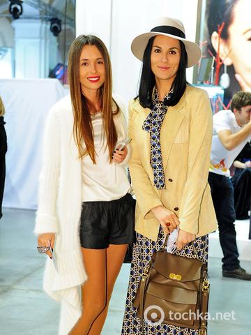 Маша Ефросинина и Лиза Ющенко порадовали стильными нарядами
