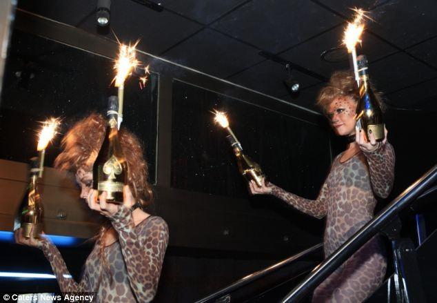Русские миллионеры погуляли в клубе Лондона на $200000. ФОТО
