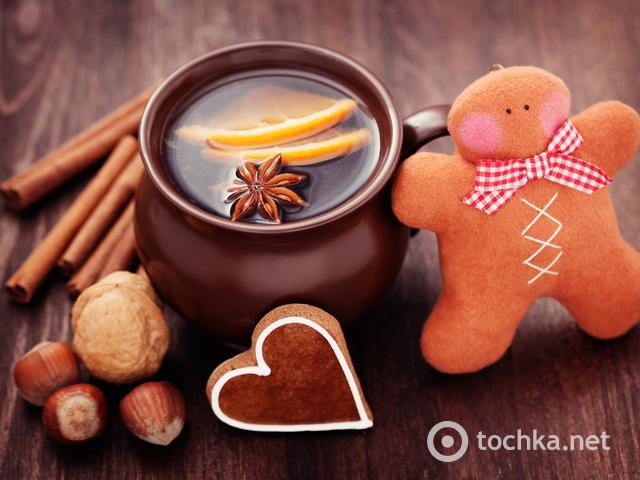 Согрейся: Рецепт глинтвейна с медово-апельсиновым вкусом