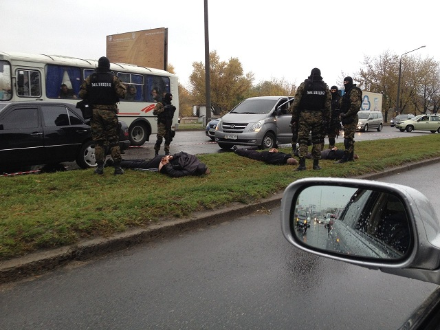 """В Запорожье """"Беркут"""" приостановил грабителей людей (ФОТО)"""