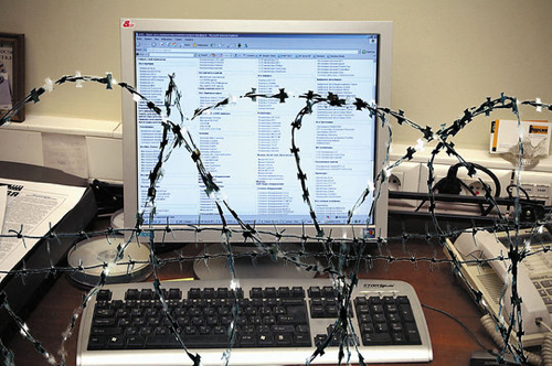 Врачи представили 8 психологических болезней из-за интернета