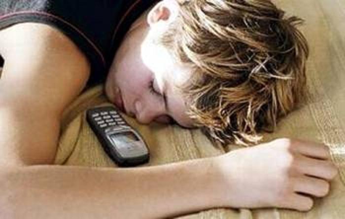 В процессе сна головной мозг чистится от отходов