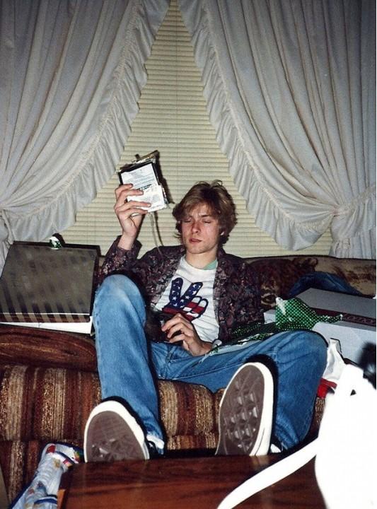 Курт Кобейн в молодости считал себя геем