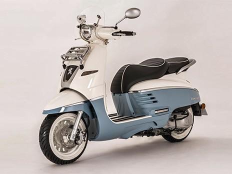 Peugeot возродила ретро-скутер Django