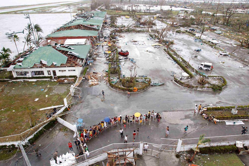 После тайфуна 1,5 млрд филиппинцев обязаны жить на улице