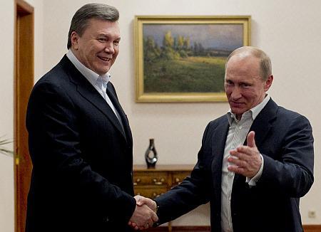 СМИ: Путин пообещал Януковичу второй президентский срок