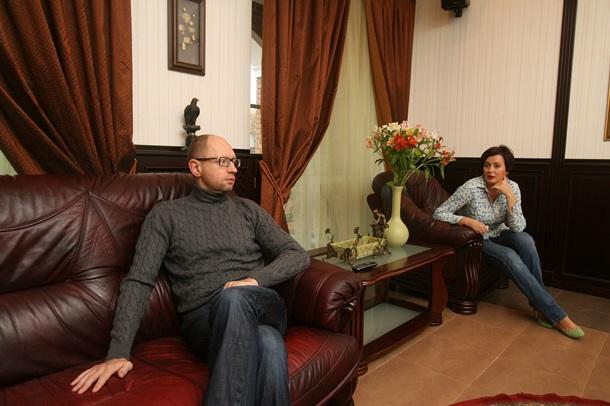 Где и как проживают Яценюк, Тягнибок и Кличко (Репортаж)