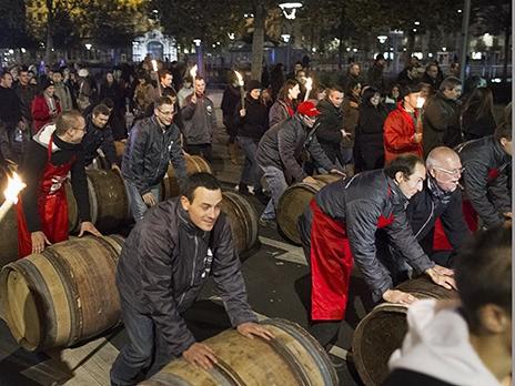Франция подчеркивает День юного вина