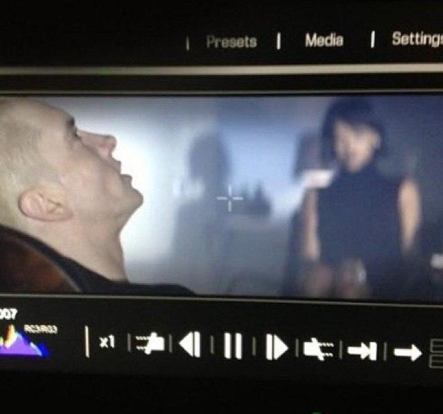 Фото со съёмок общего клипа Эминема и Рианны