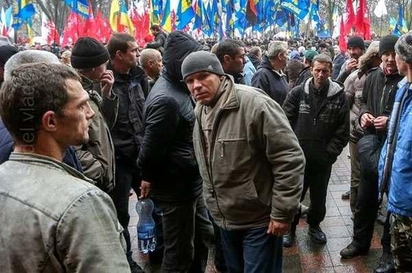 Регионалы переоформляют бездомных, как потерпевших на Евромайдане