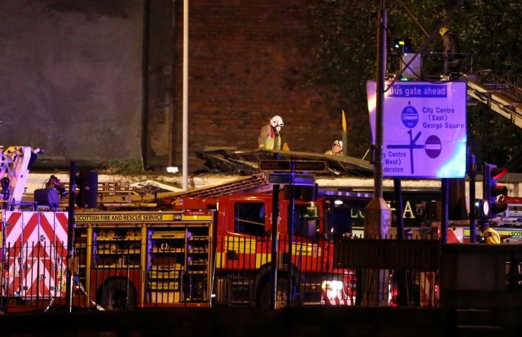 В Глазго при крушении вертолета пострадали 32 человека