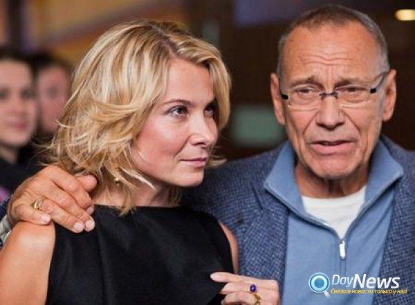 Состояние дочери Высоцкой и Кончаловского на 1 декабря