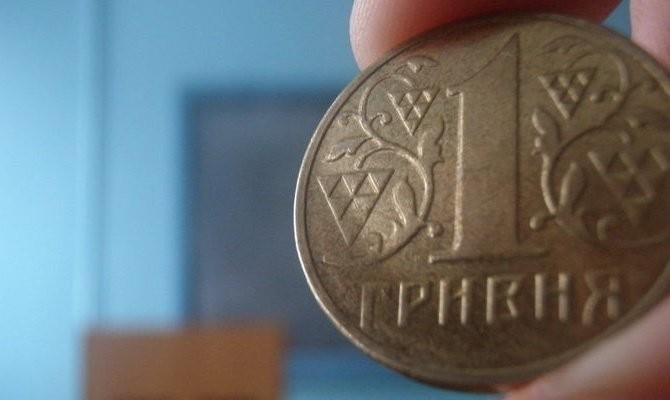 Общественно-политический упадок на Украине угрожает девальвацией гривны