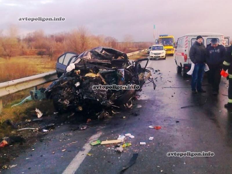 На Черниговщине в ужасном ДТП были убиты 2 жителя другой страны