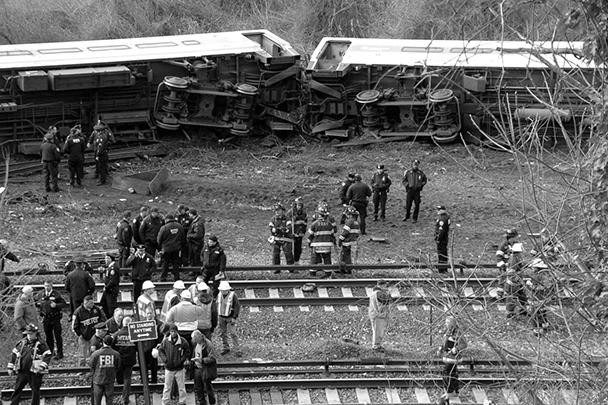 Машинист поезда в Нью-Йорке проспал торможение