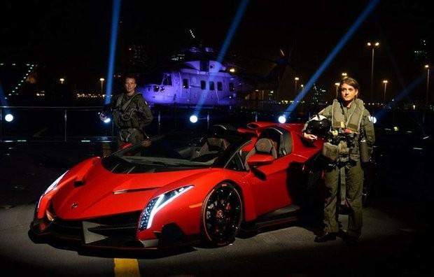 Ламборгини Венено Родстер: самый дорогой авто во всем мире