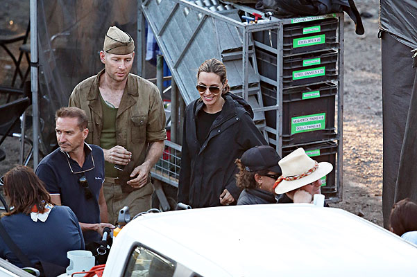 """""""Непобежденный"""": свежие кадры со съемок кинофильма Анджелины Джоли"""