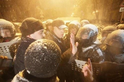 Милиция: Движение в центре Киева разблокируют до 10 декабря