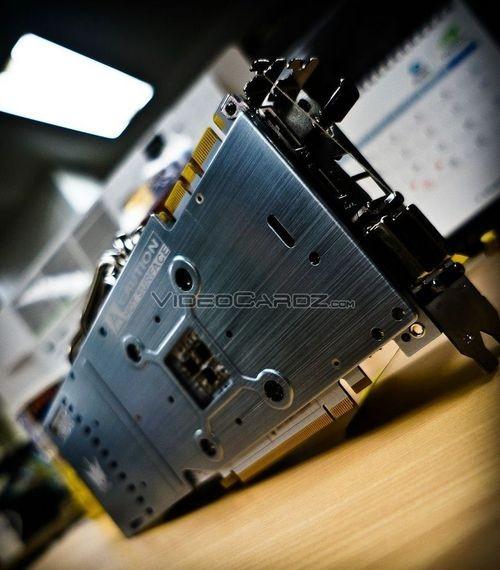 Галакси GeForce GTX 780 Ti HOF: первые фотографии карты памяти