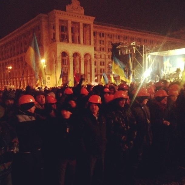 Власти заровняли Майдан Hезалежности (ВИДЕО)