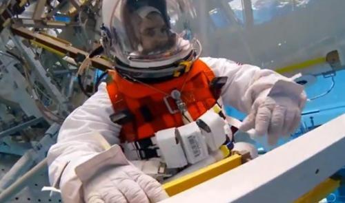 В НАСА изведали усовершенствованный костюм для космонавтов