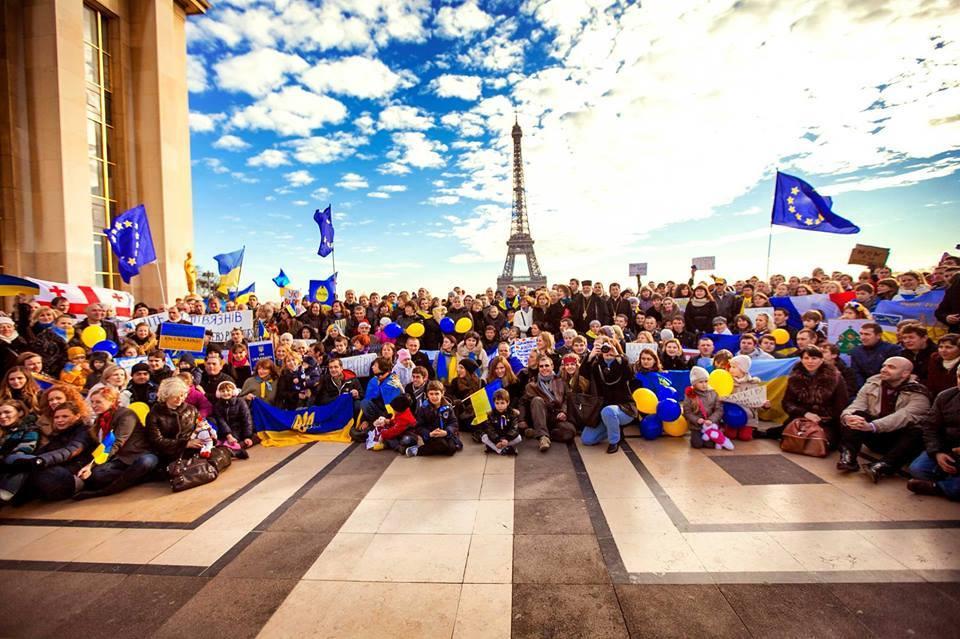 Евромайдан поддержали в разных городах мира (ФОТО)