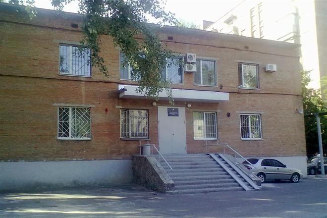 В Полтаве старик в суде убил адвоката из оружия