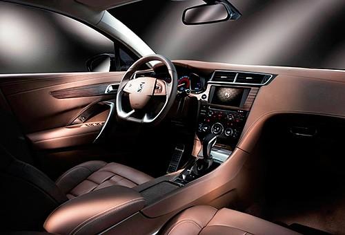 Люксовый седан Citroen DS 5LS представлен официально