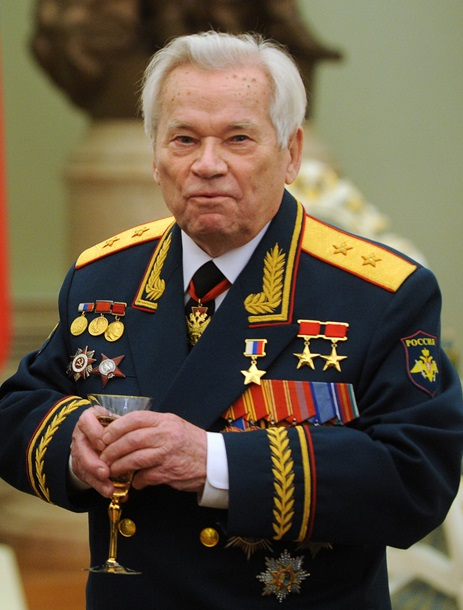 Умер Михаил Калашников - автор легендарного автомата (ФОТО)