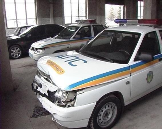 В Харькове водитель разбил три экипажа автомобилей ГАИ