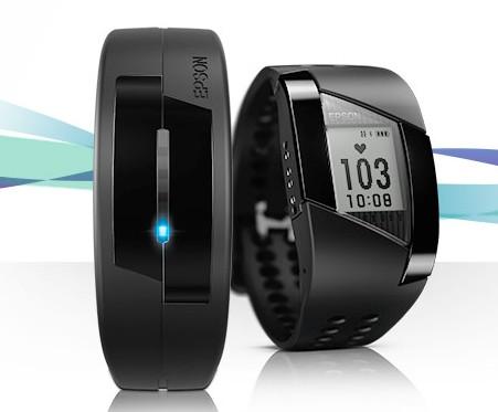 Epson представила фитнес-браслет и часы Pulsense