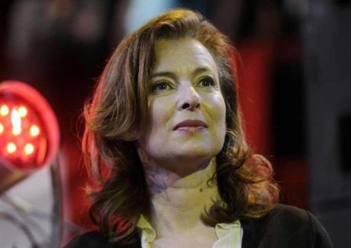 Главы Франции винят в брачной измене