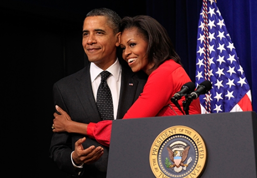 Первая леди Америки Мишель Обама подчеркивает 50-летие (ФОТО)