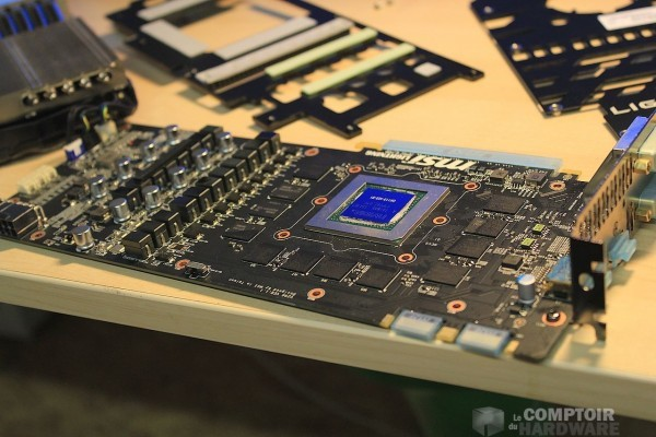 12 единиц адаптера GeForce GTX 780 Ti Lightning