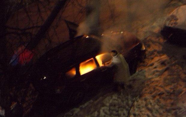 В центре Киева сожгли автомашину сотрудницы посольства Канады