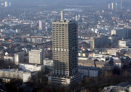 В Германии взрывом убили 116-метровый дом (ФОТО)