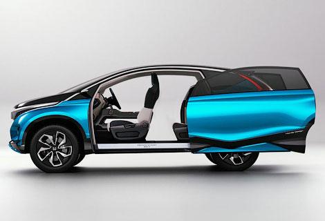 Хонда продемонстрировала 7-местный концепткар (ФОТО)