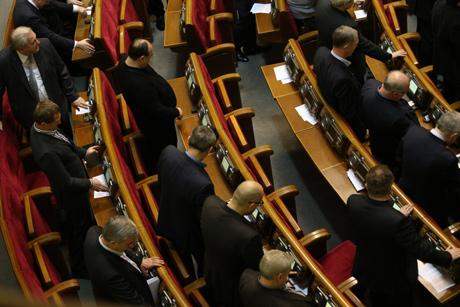 Регионалы и коммунисты продолжают кнопкодавить в ВР (ФОТО)