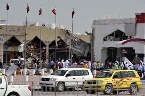 В результате взрыва в столице Катара погибло 12 человек